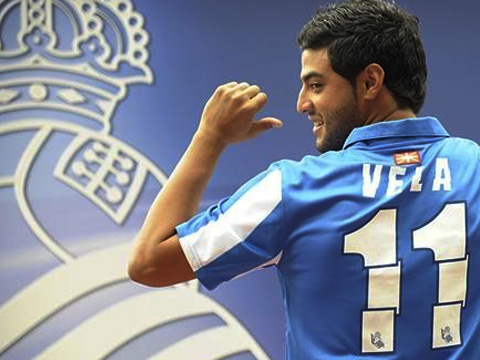 Carlos Vela being presented as a Real Sociedad player in the Summer.